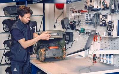 Robots Need Baths Too: Proper Auto Mower Care for Winter Storage